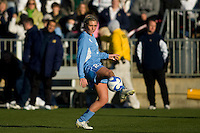 North Carolina Tar Heels midfielder Allie Long (21). The North Carolina Tar Heels defeated the Notre Dame Fighting Irish 2-1 during the finals of the NCAA Women's College Cup at Wakemed Soccer Park in Cary, NC, on December 7, 2008. Photo by Howard C. Smith/isiphotos.com