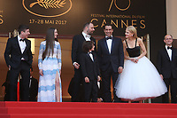 BARRY KEOGHAN, RAFFEY CASSIDY, DIRECTOR YORGOS LANTHIMOS, SUNNY SULJIC, COLIN FARRELL, NICOLE KIDMAN AND PRODUCER ED GUINEY - RED CARPET OF THE FILM 'THE KILLING OF A SACRED DEER' AT THE 70TH FESTIVAL OF CANNES 2017 . CANNES, FRANCE, 22/05/2017. # 70EME FESTIVAL DE CANNES - RED CARPET 'MISE A MORT DU CERF SACRE'