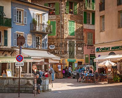 Frankreich, Provence-Alpes-Côte d'Azur, Sospel in den franzoesischen Seealpen: Place de la Cabraia   France, Provence-Alpes-Côte d'Azur, Sospel in the French Maritime Alps: Place de la Cabraia
