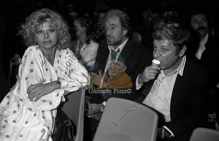 SANDRA MILO CO UGO TOGNAZZI E PAOLO VILLAGGIO<br /> CONVEGNO EVGENIJ EVTUSHENKO 1977