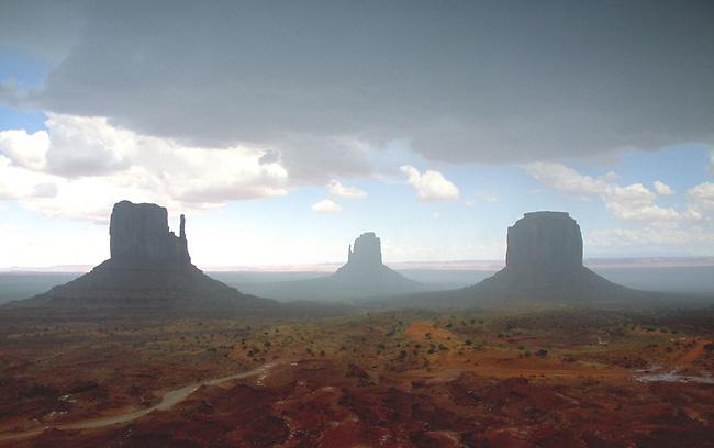 Mittens, Monument Valley in sudden rainstorm