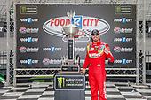 #18: Kyle Busch, Joe Gibbs Racing, Toyota Camry Skittles victory lane