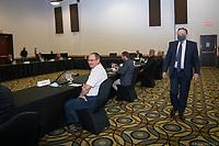 Conference de presse de Francois Legault durant la crise du COVID-19,<br /> le  16 juillet 2020, a Carleton en Gaspesie.<br /> <br /> PHOTO : Emilie Nadeau, Cabinet du Premier Ministre