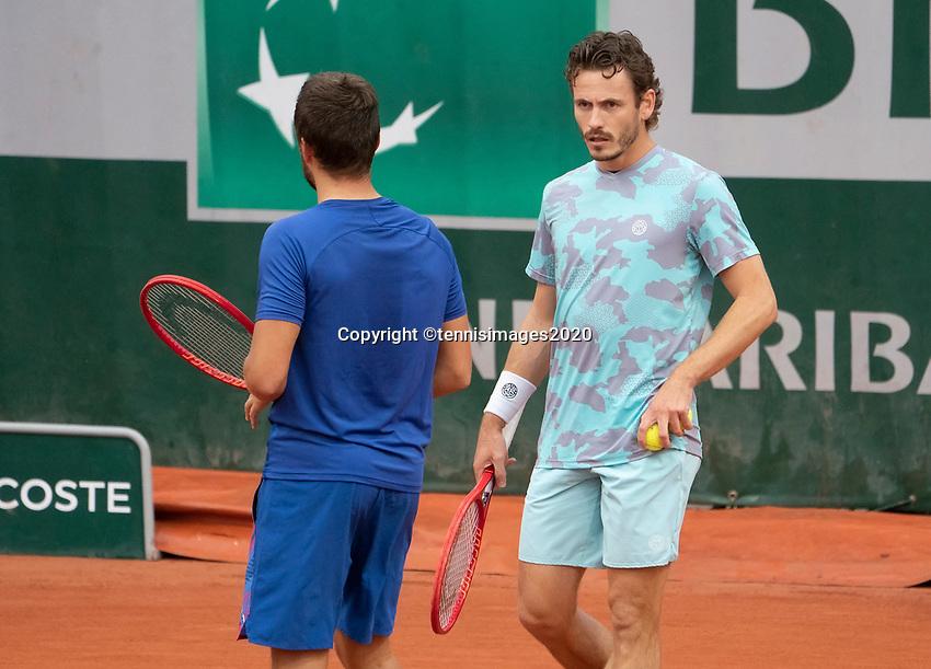 Paris, France, 02 ,10,  2020, Tennis, French Open, Roland Garros, Men's doubles: Wesley Koolhof (NED) (R) and Nilola Mektic (CRO)<br /> Photo: Susan Mullane/tennisimages.com