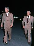 GIANNI AGNELLI CON  CARLO CARACCIOLO<br /> CONCERTO FRANK SINATRA - PALEUR ROMA 1987