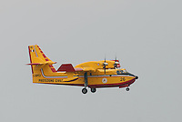 - antifire water bomber Canadair CL 415....- bombardiere ad acqua antincendi Canadair CL 415