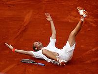 20030603, Paris, Tennis, Roland Garros, Martin Verkerk verslaat Moya en gaat volledig uit zijn dak
