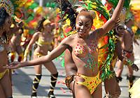 BARRANQUILLA - COLOMBIA, 12-02-2018: Gran Parada Desfile Fantasía carnaval 2018. Carnaval de Barranquilla 2018 invita a todos los colombianos a contagiarse del Jolgorio general de una de las festividades más importantes del país y que se lleva a cabo del 10 hasta el 13 de febrero de 2018. / Gran Parada Fantasy parade of the Carnaval 2018. Carnaval de Barranquilla 2018 invites all Colombians to catch the general reverly that make it one of the most important festivals of the country and take place until February 13, 2017.  Photo: VizzorImage / Alfonso Cervantes / Cont.