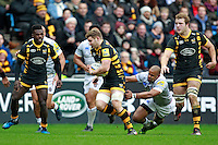 Photo: Ian Smith/Richard Lane Photography. Wasps v Bath Rugby. Aviva Premiership. 24/12/2016. Wasps' Thomas Young (C) in action.