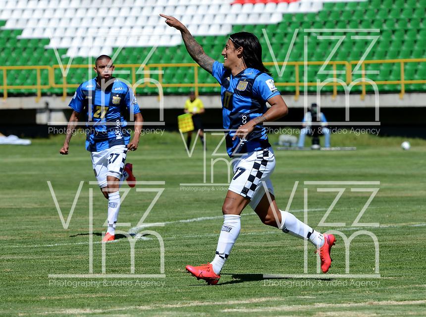 TUNJA - COLOMBIA, 30-01-2021: Johan Arenas de Boyaca Chico F. C., celebra despues de anotar gol de su equipo, durante partido de la fecha 3 entre Patriotas Boyaca F. C., y Boyaca Chico F. C., por la Liga BetPlay DIMAYOR I 2021, jugado en el estadio La Independencia de la ciudad de Tunja. / Johan Arenas of Boyaca Chico F. C., celebrates after scoring goal of his team, during a match of the 3rd date between Patriotas Boyaca F. C., and Boyaca Chico F. C., for the BetPlay DIMAYOR I 2021 League played at the La Independencia stadium in Tunja city. / Photo: VizzorImage / Macgiver Baron / Cont.