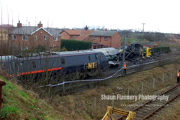 Pix: Shaun Flannery/sf-pictures.com....COPYRIGHT PICTURE>>SHAUN FLANNERY>01302-570814>>07778315553>>..28th February 2001.........Rail crash at Great Heck nr. Selby. Ten people killed after a Land Rover driven by Gary Hart crashed on to the East Coast Mainline de-railing a goods and high speed train.
