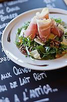 Europe/France/2B/Haute Corse/Balagne/Pigna: Salade du berger, recette du restaurant: A Mandria di Pigna