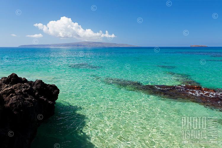 Turquoise water at Secret Beach, Makena, Maui, Hawaii.