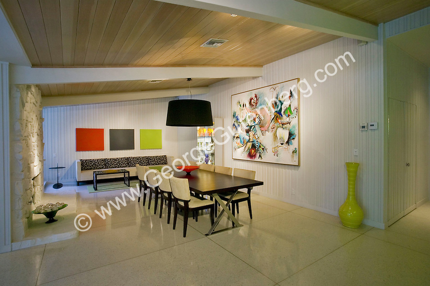 Cool mid-century dining room in Palm Springs