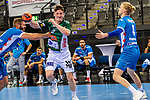 Oskar Neudeck (FRISCH AUF! Goeppingen #2) ; Samuel Roethlisberger (TVB Stuttgart #17) ; Elmar Asgeirsson (TVB Stuttgart #4) ; BGV Handball Cup 2020 Finaltag: TVB Stuttgart vs. FRISCH AUF Goeppingen am 13.09.2020 in Stuttgart (PORSCHE Arena), Baden-Wuerttemberg, Deutschland<br /> <br /> Foto © PIX-Sportfotos *** Foto ist honorarpflichtig! *** Auf Anfrage in hoeherer Qualitaet/Aufloesung. Belegexemplar erbeten. Veroeffentlichung ausschliesslich fuer journalistisch-publizistische Zwecke. For editorial use only.