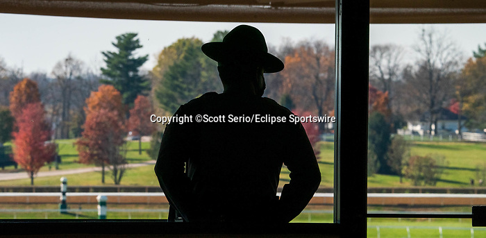 November 6, 2020: A police officer looks out over the grandstand at Keeneland Racetrack in Lexington, Kentucky, on Friday, November 6, 2020. Scott Serio/Eclipse Sportswire/Breeders Cup/CSM