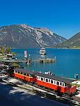 Austria, Tyrol, Achen Lake, sightseeing ship, Achen Lake steam cog railway and Rofan mountains | Oesterreich, Tirol, bei Pertisau, Seespitz, Endstation der Achenseebahn am Achensee vorm Rofangebirge