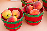 Fresh Food Locally Grown - Produce, fruit and veggies at Farmer's markets, from the farm to the table - Baskets of peaches