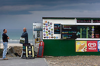 Royaume-Uni, îles Anglo-Normandes, île de Guernesey, Vale: Kiosque de plage à Pembroke bay// United Kingdom, Channel Islands, Guernsey island, Vale: Kiosk beach, Pembroke bay/