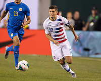 PHILADELPHIA, PA - JUNE 30: Christian Pulisic #10 attacks with the ball during a game between Curaçao and USMNT at Lincoln Financial Field on June 30, 2019 in Philadelphia, Pennsylvania.