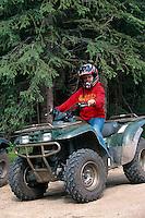 USA, Alaska, ATV-Geländefahrzeug in Chena Hot Springs bei Fairbanks