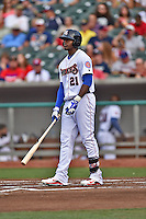 Tennessee Smokies right fielder Jorge Soler #21 during a game against the Jacksonville Suns at Smokies Park July 10, 2014 in Kodak, Tennessee. The Suns defeated the Smokies 6-5. (Tony Farlow/Four Seam Images)