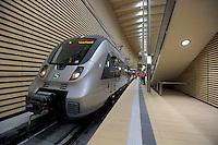 Der erste Zug rollt am Dienstag (01.10.2013) durch den Citytunnel. Die erste offizielle Testfahrt ging von der Stion Hauptbahnhof mit allen Unterwegshalten nach dem Halt Bayrischer Bahnhof für die technischen Mitarbeiter der Deutschen Bahn noch weiter auf der neu gebauten Strecke. Die offizielle Eröffnung des Tunnels für alle Reisenden wird am 15. Dezember 2013 sein. Foto: Norman Rembarz