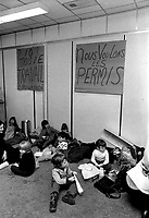 1972 11 SOI  - Manif sociale