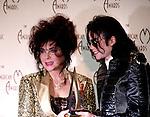 Michael Jackson 1993 American Music Awards with Elizabeth Taylor.© Chris Walter.