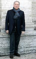 """L'attore Giorgio Colangeli posa durante un photocall per la presentazione del film """"Parlami d'amore"""" a Roma, 5 febbraio 2008..Italian actor Giorgio Colangeli poses during a photocall for the presentation of the movie """"Parlami d'amore"""" (""""Talk me about love"""") in Rome, 5 february 2008..UPDATE IMAGES PRESS/Riccardo De Luca"""