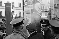 Life in Germany in the thirties.<br /> <br /> Photographed by Wilhem Walther