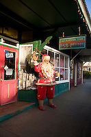 Hawaiian Santa in downtown Pa'ia town. Maui.
