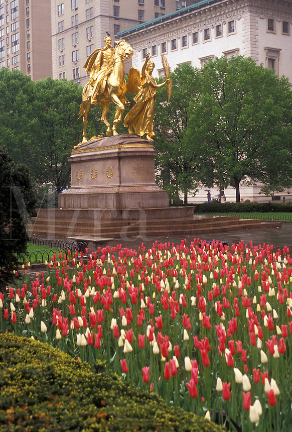 AJ3487, New York City, Brooklyn, New York, NYC, N.Y.C., Equestrian statue on Grand Army Plaza with spring tulips in the foreground in Brooklyn in New York City in the state of New York.