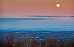 11.2.09 - Full Moon over the Catskills