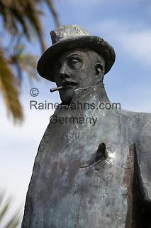 Italy, Tuscany, Torre di Lago Puccini: Statue of the opera composer Giacomo Puccini   Italien, Toskana, Torre di Lago Puccini: Statue des Komponisten Giacomo Puccini