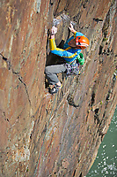 Gareth Wyn Hughes on Pel VS 4c, Castell Helen, Gogarth South Stack, North Wales