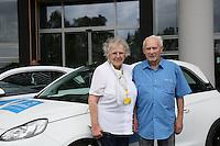 01.07.2016: Gewinnübergabe bei der Adam Opel AG an die Gewinner der Fernsehlotterie