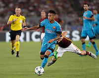 Calcio, Champions League, Gruppo E: Roma vs Barcellona. Roma, stadio Olimpico, 16 settembre 2015.<br /> FC Barcelona's Neymar, right, is challenged by Roma's Alessandro Florenzi during a Champions League, Group E football match between Roma and FC Barcelona, at Rome's Olympic stadium, 16 September 2015.<br /> UPDATE IMAGES PRESS/Isabella Bonotto<br /> <br /> *** ITALY AND GERMANY OUT ***