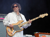 Pictured: Guto Pryce of the Super Furry Animals with an 'Applause' placard Saturday May 2016<br /> Re: Manic Street Preachers at the Liberty Stadium, Swansea, Wales, UK