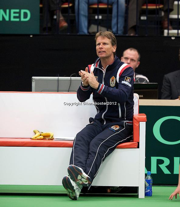 10-02-12, Netherlands,Tennis, Den Bosch, Daviscup Netherlands-Finland,  Captain Jan Siemerink