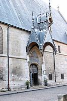hospices de beaune, hotel dieu entrance beaune cote de beaune burgundy france
