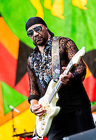 The Isley Brothers perform at Jazz Fest 2016.