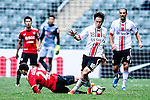 Muangthong United Forward Cleiton Silva (L) is chased by FC Seoul Midfielder Ju Se Jong (R) during the 2017 Lunar New Year Cup match between Muangthong United FC and FC Seoul on January 31, 2017 in Hong Kong, Hong Kong. Photo by Marcio Rodrigo Machado / Power Sport Images