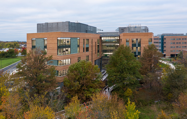 The Universities at Shady Grove<br /> Biomedical Sciences & Engineering (BSE) Building | Cooper Carry