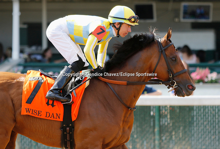 June 26,, 2021: #7 Ride a Comet in the Wise Dan Stakes (Grade 2) on the turf at Churchill Downs.  Louisville, KY on June 26, 2021.  Candice Chavez/ESW/CSM
