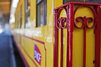 Europe/France/Languedoc-Roussillon/66/Pyrénées-Orientales/ Latour-de-Carol: Le Train jaune de Cerdagne appelé le Train Jaune ou le Canari, car les véhicules arborent les couleurs catalanes, le jaune et le rouge. relie la gare de Villefranche - Vernet-les-Bains à celle de Latour-de-Carol - Enveigt via Font-Romeu - Détail