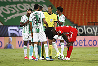 MEDELLIN- COLOMBIA, 28-11-2020:Atlético Nacional  Y América de Cali  en partido por los cuartos de final vuelta como parte de la Liga BetPlay DIMAYOR 2020 jugado en el estadio Atanasio Girardot de la ciudad de Medellín. / Atletico Nacional and America de Cali  in match for the quarterfinal second leg as part of BetPlay DIMAYOR League 2020 played at Atanasio Girardot stadium in Medellin. Photo: VizzorImage / Juan Augusto Cardona / Contribuidor