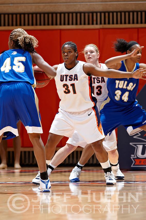SAN ANTONIO, TX - JANUARY 5, 2009: The University of Tulsa Golden Hurricane vs. The University of Texas at San Antonio Roadrunners Women's Basketball at the UTSA Convocation Center. (Photo by Jeff Huehn)