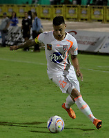 NEIVA - COLOMBIA, 28-10-2018: Alexis Zapata del Envigado en acción durante el partido entre Atlético Huila y Envigado F.C. por la fecha 17 de la Liga Águila II 2018 jugado en el estadio Guillermo Plazas Alcid de la ciudad de Neiva. / Alexis Zapata goalkeeper of Envigado F.C. in action during the match between Atletico Huila and Envigado F.C. for the date 17 of the Aguila League II 2018 played at Guillermo Plazas Alcid in Neiva city. VizzorImage / Sergio Reyes / Cont