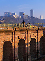 Schlossbrücke, Europazentrum, Luxemburg-City, Luxemburg, Europa, UNESCO-Weltkulturerbe<br /> Castle bridge, European centre, Luxembourg City, Europe, UNESCO Heritage Site
